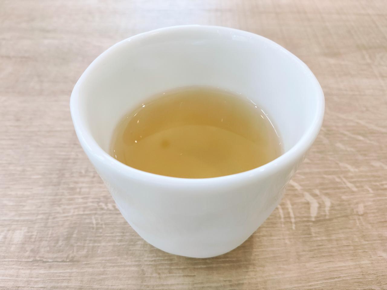 冷たいそば茶が食欲を高めてくれます