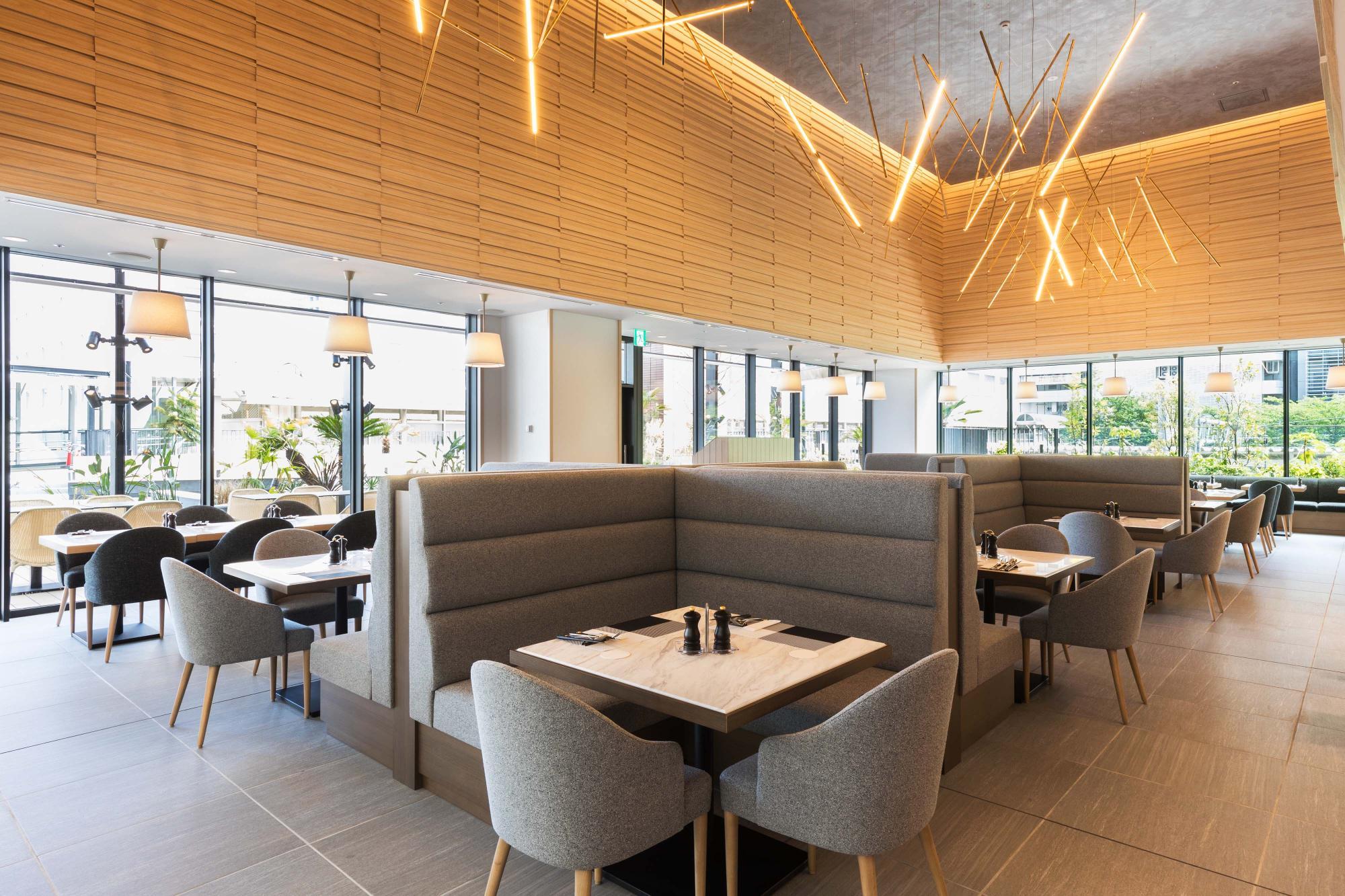 明るい雰囲気のTerrace & Tableはいろいろな用途で利用できる