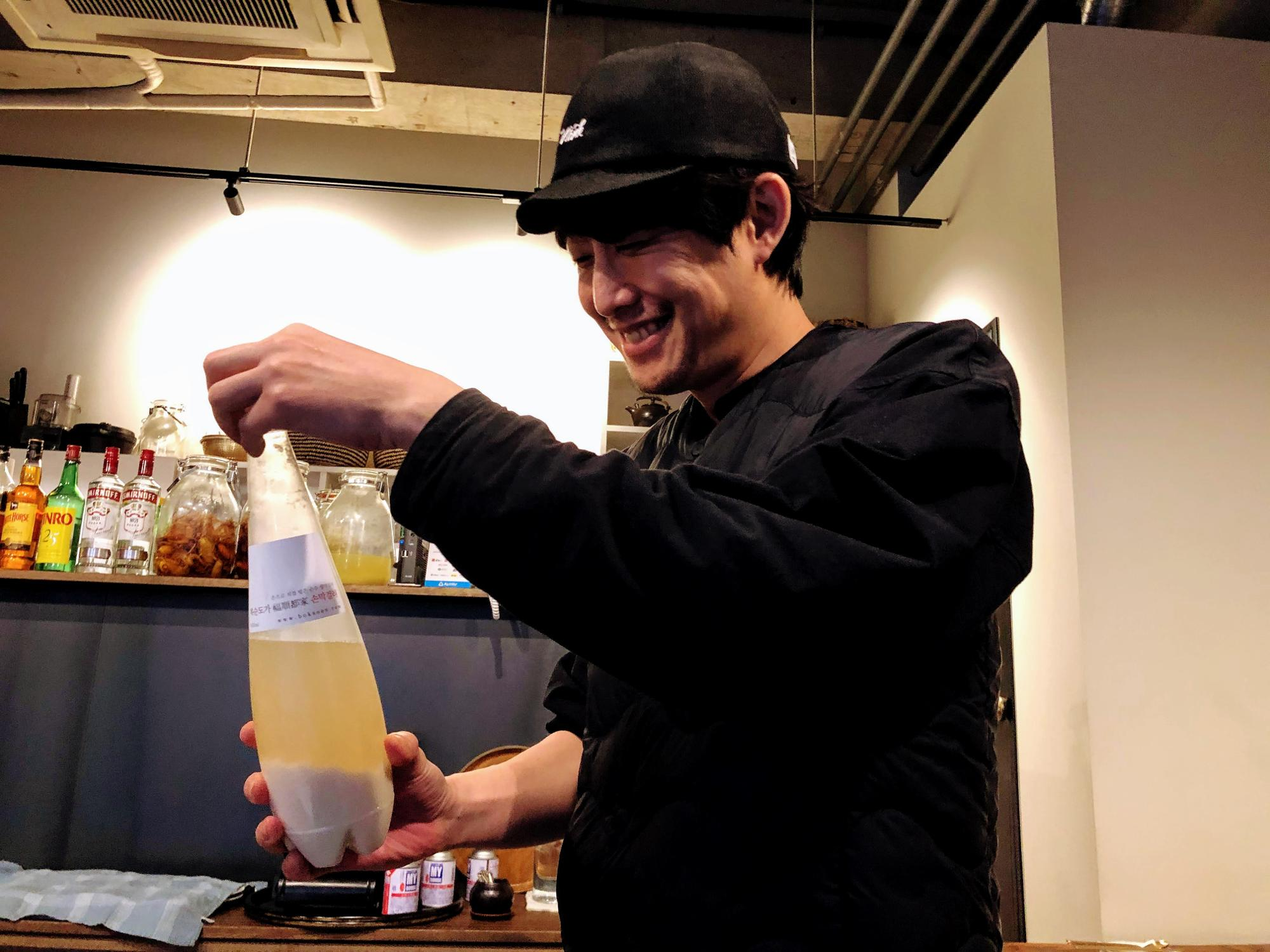 日本に来てからずっと武蔵小杉に住んでいるという店主のグ・ヒムさん