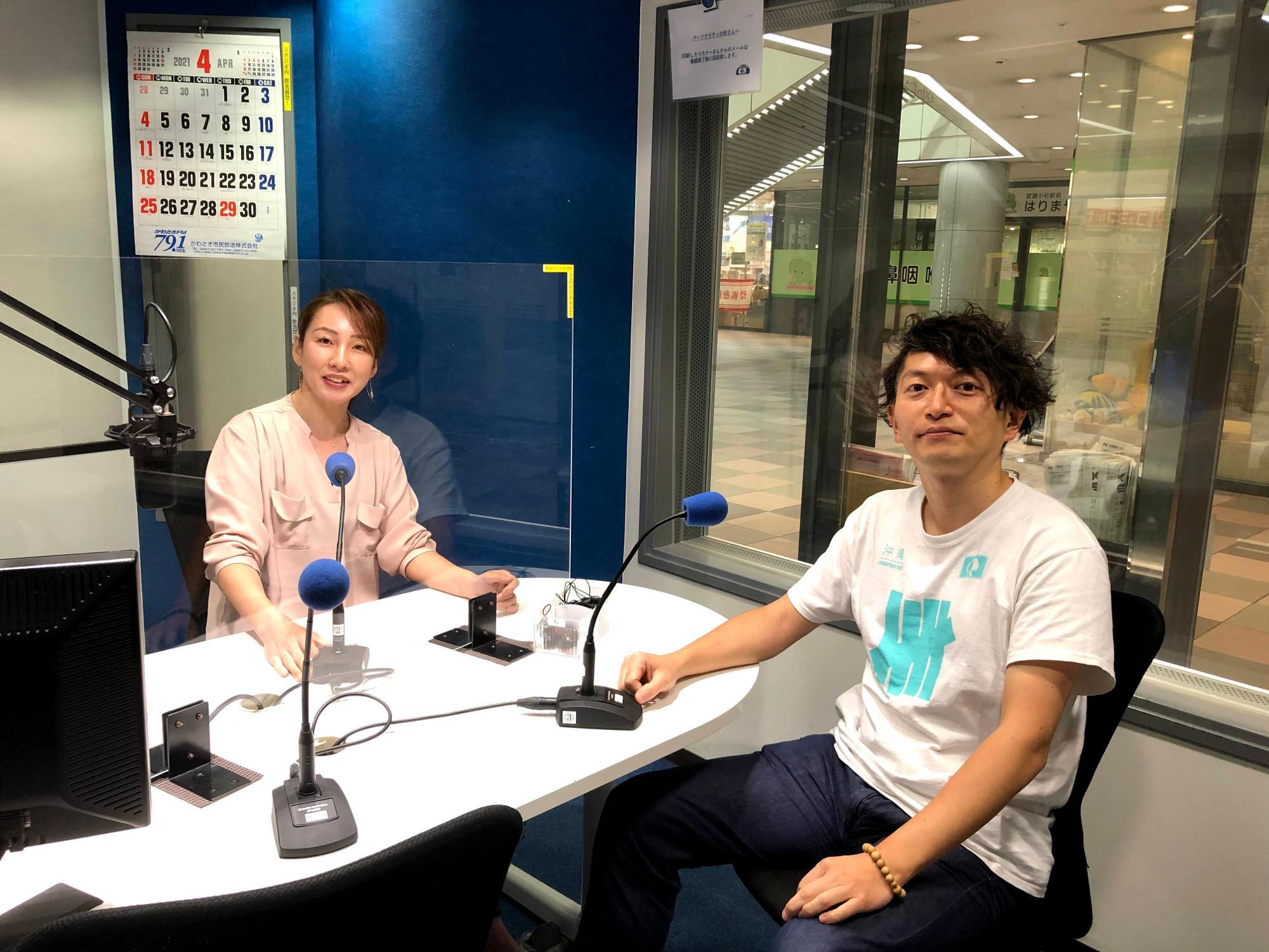 「ぐるっ人川崎」4週目パーソナリティのちぐささんと、ラジオドラマを制作したナヲキングさん
