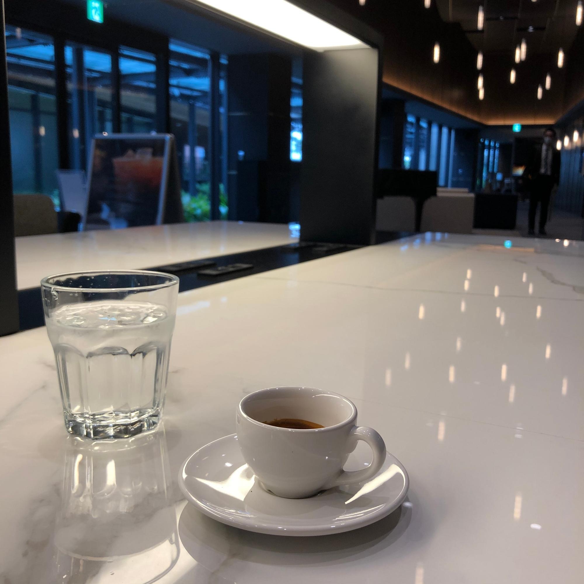 すごく仕事のしやすい「リボルバー ブーズ&コーヒー」 エスプレッソは目が覚めるのでお気に入り
