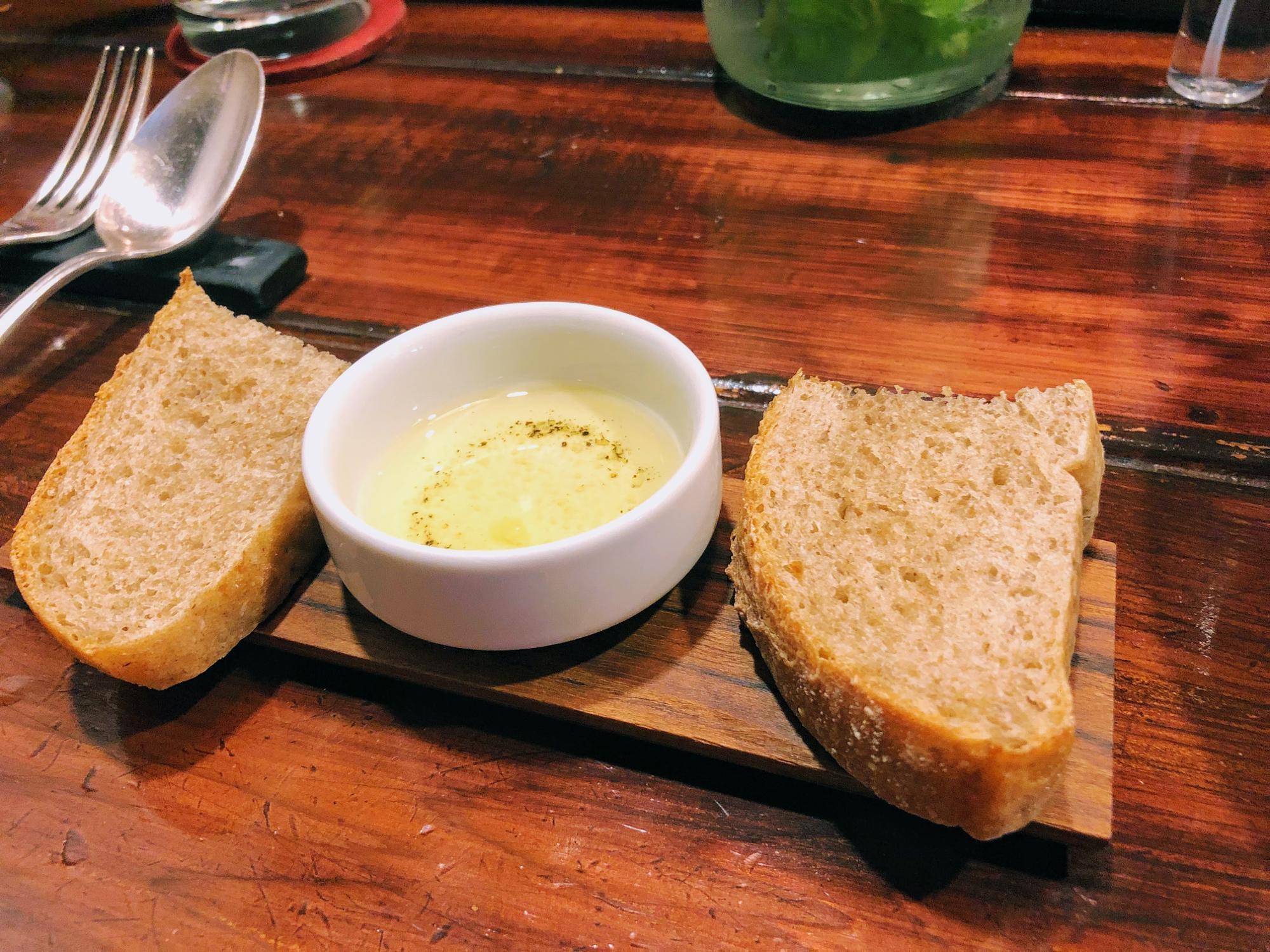 毎日焼き上げるパン・ド・カンパーニュ(田舎パン)