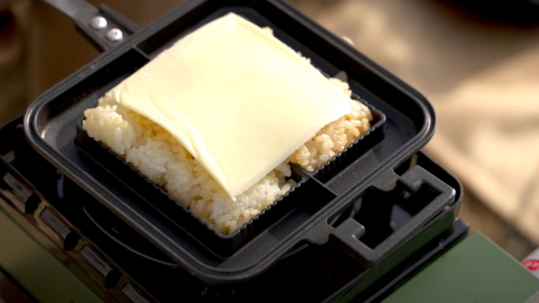 チーズはお好みで。入れても入れなくても美味しく食べられます