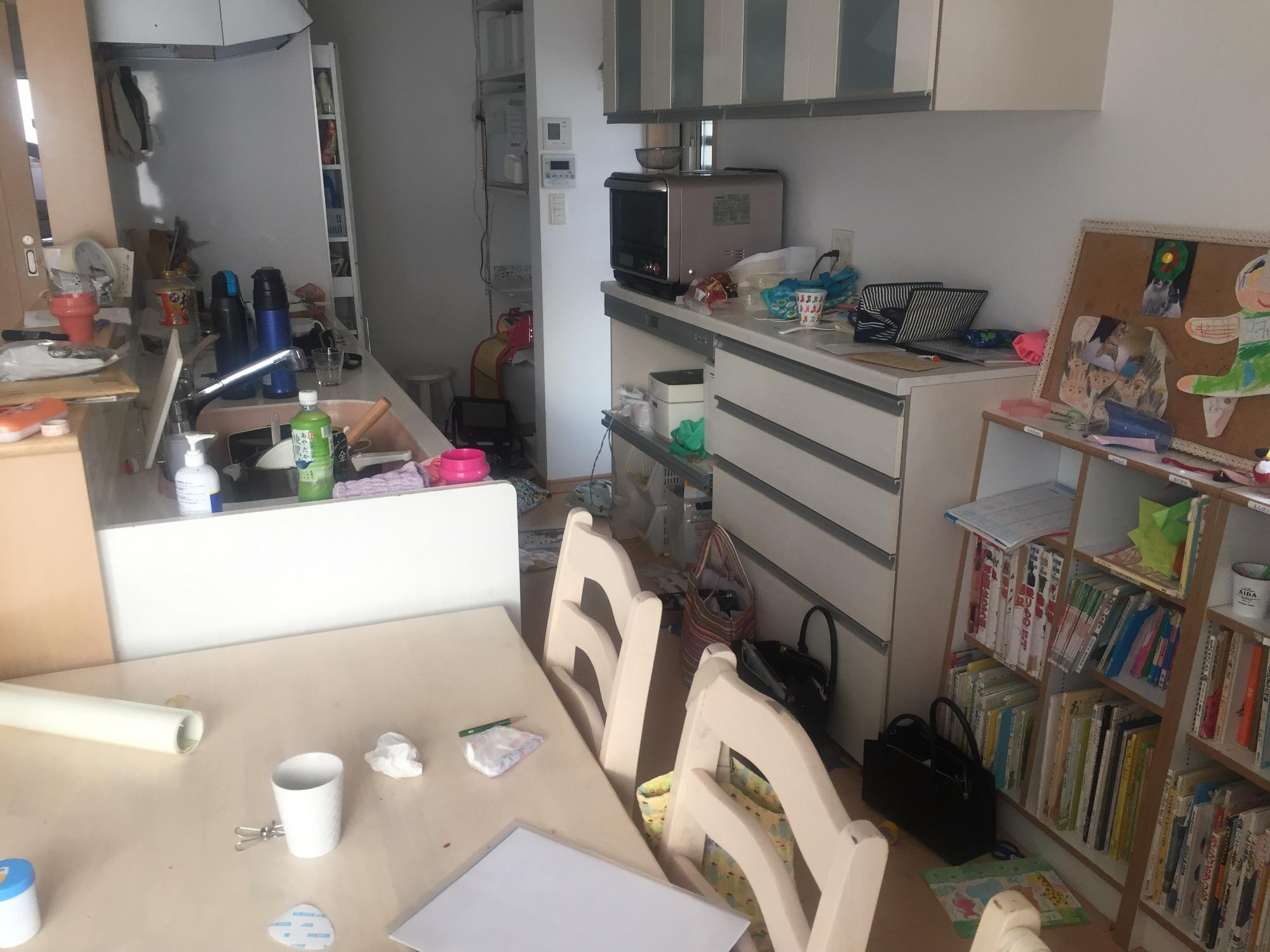 片づけに疲れてしまったときのキッチンの様子