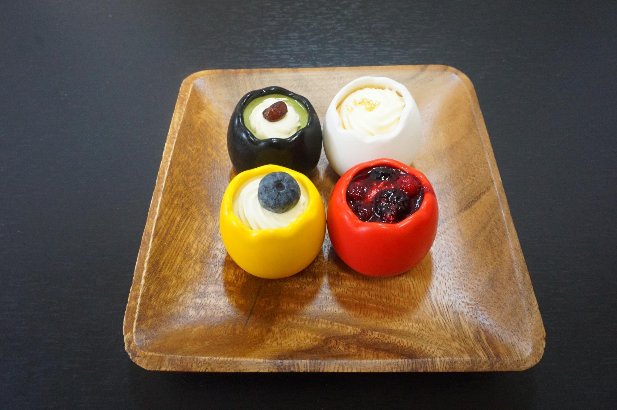 左上『抹茶』 右上『卵黄』 左下『クリームチーズ』 右下『ベリー』