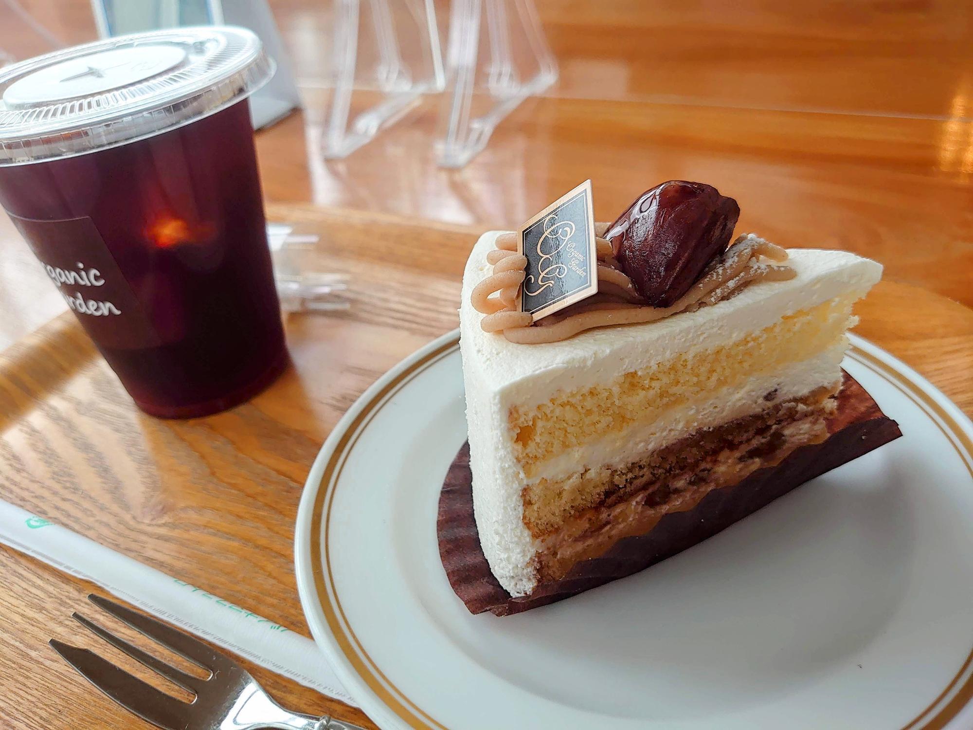オーガニックコーヒー(400円)と渋皮栗のショートケーキ(700円)