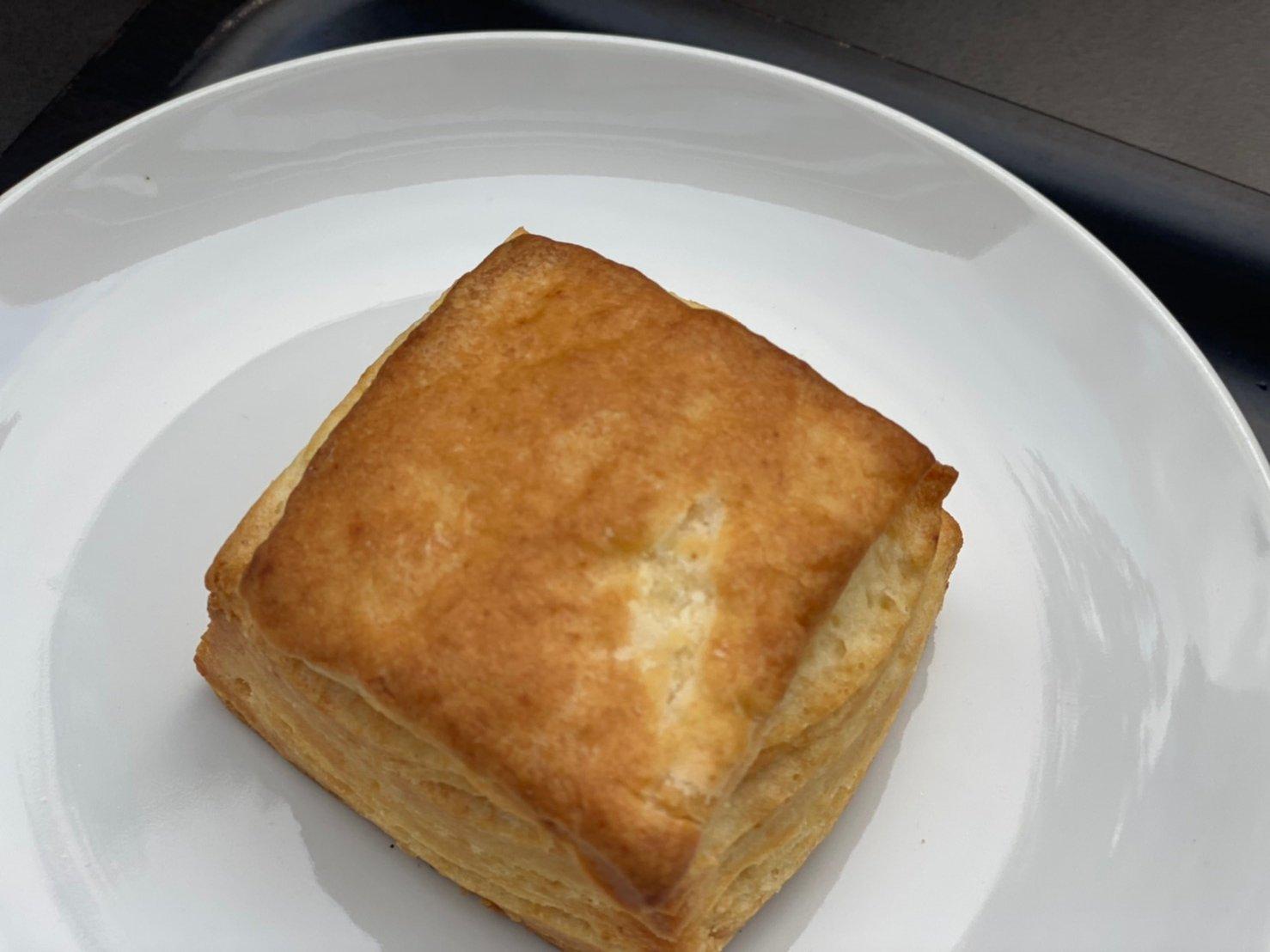 バターミルクビスケット ¥286