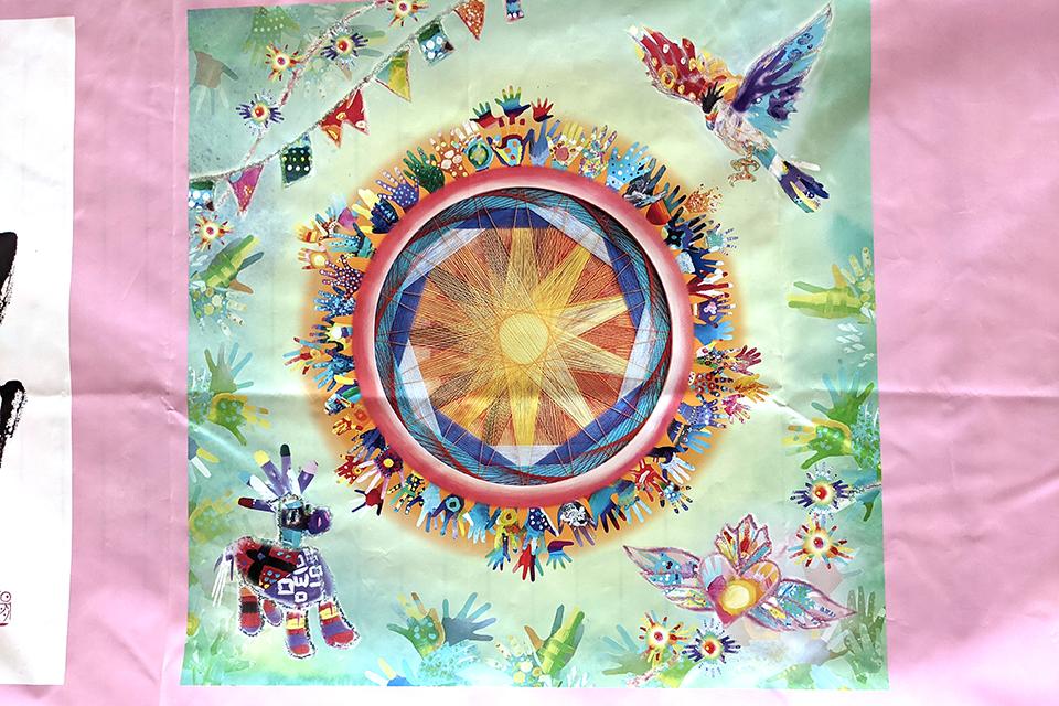 海外(メキシコ)から参加したアーティストの作品。力強い太陽に福島の元気を感じさせます。