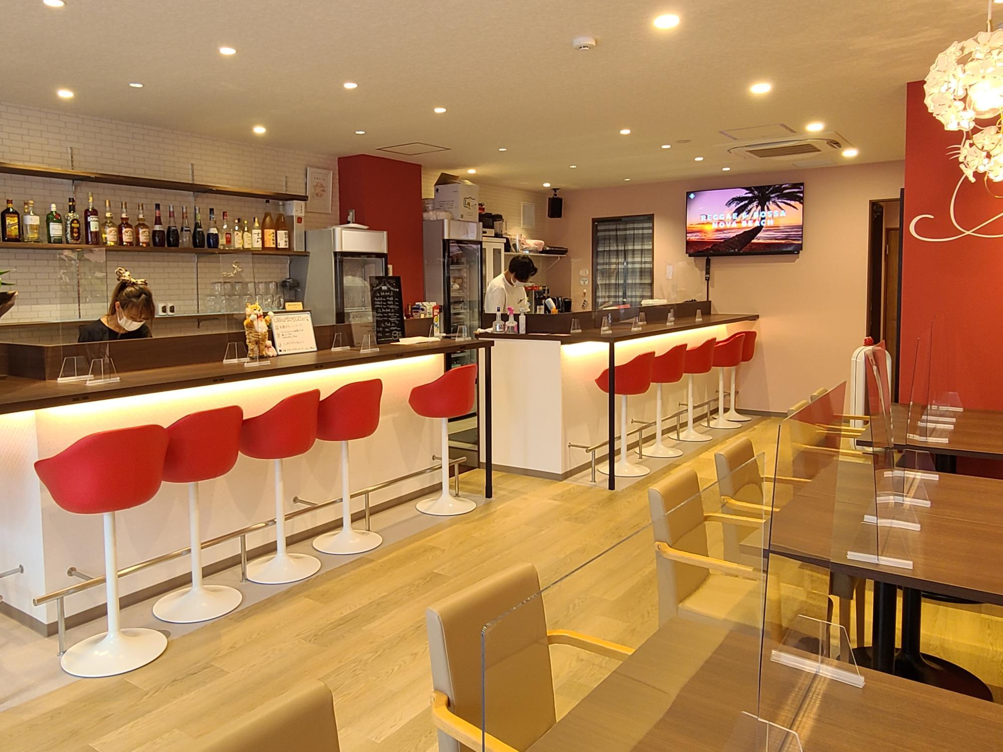 CAFE&BAR MOCHI MOCHI