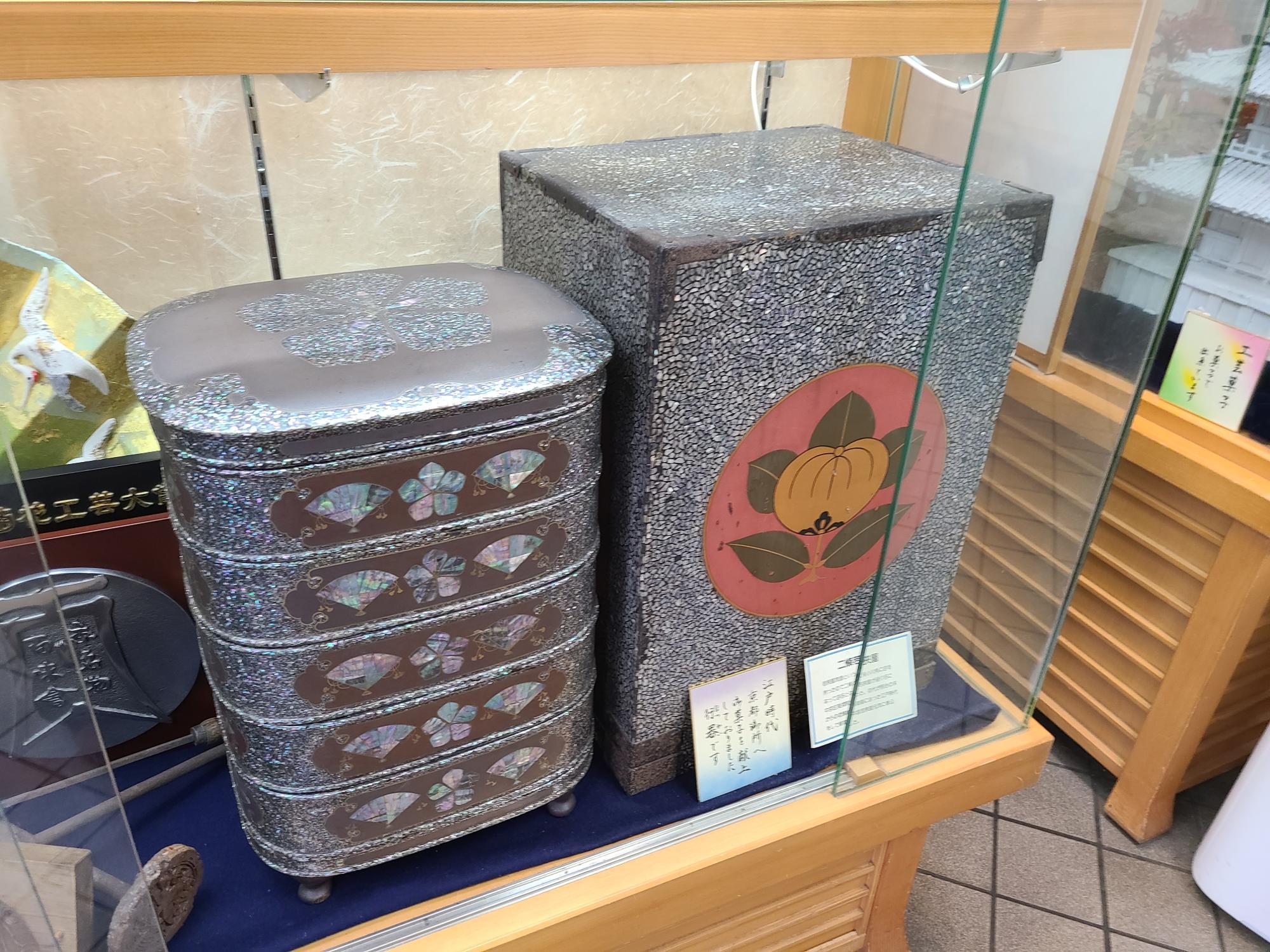 京の朝廷にお菓子を献上していた頃の行器(ほつかい)