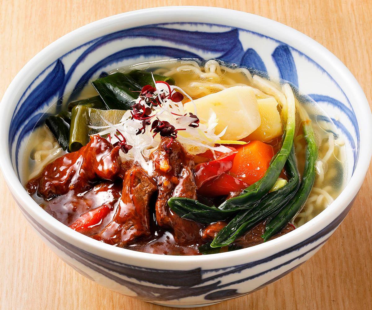 北海道食材が満載の新タイプの麺料理