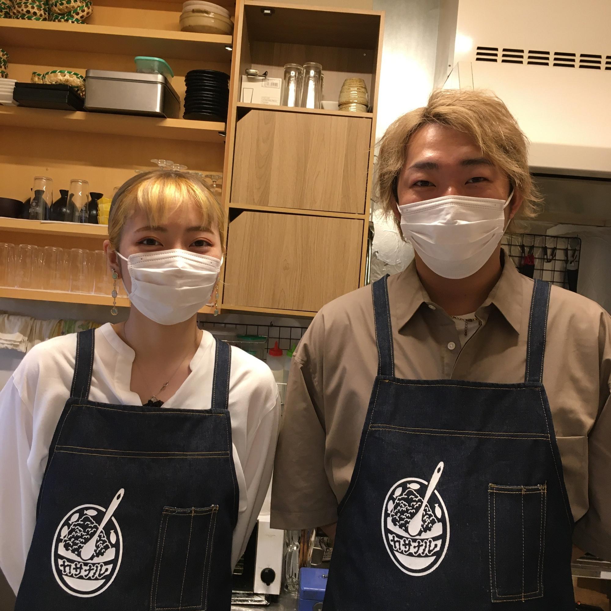 右が代表の山口聖也さん、左がスタッフの渡邊紗弓さん