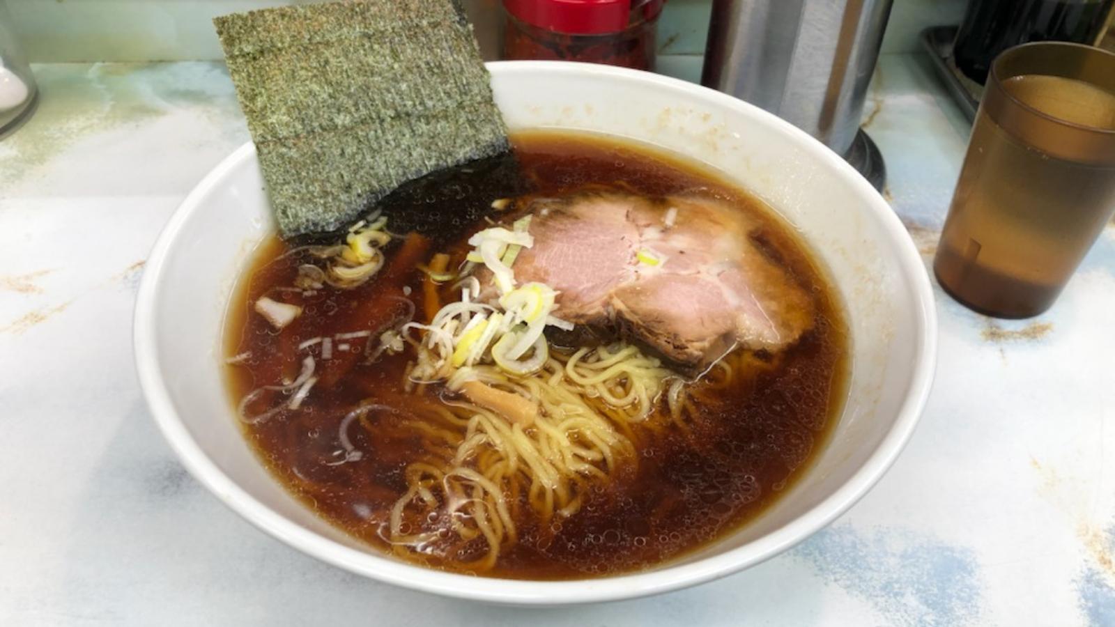 「支那そば」(750円)