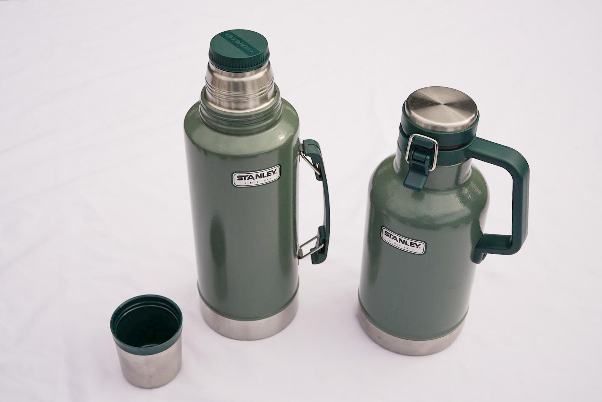 左から水筒、グラウラー。グラウラーは炭酸飲料を入れてもOKな魔法瓶