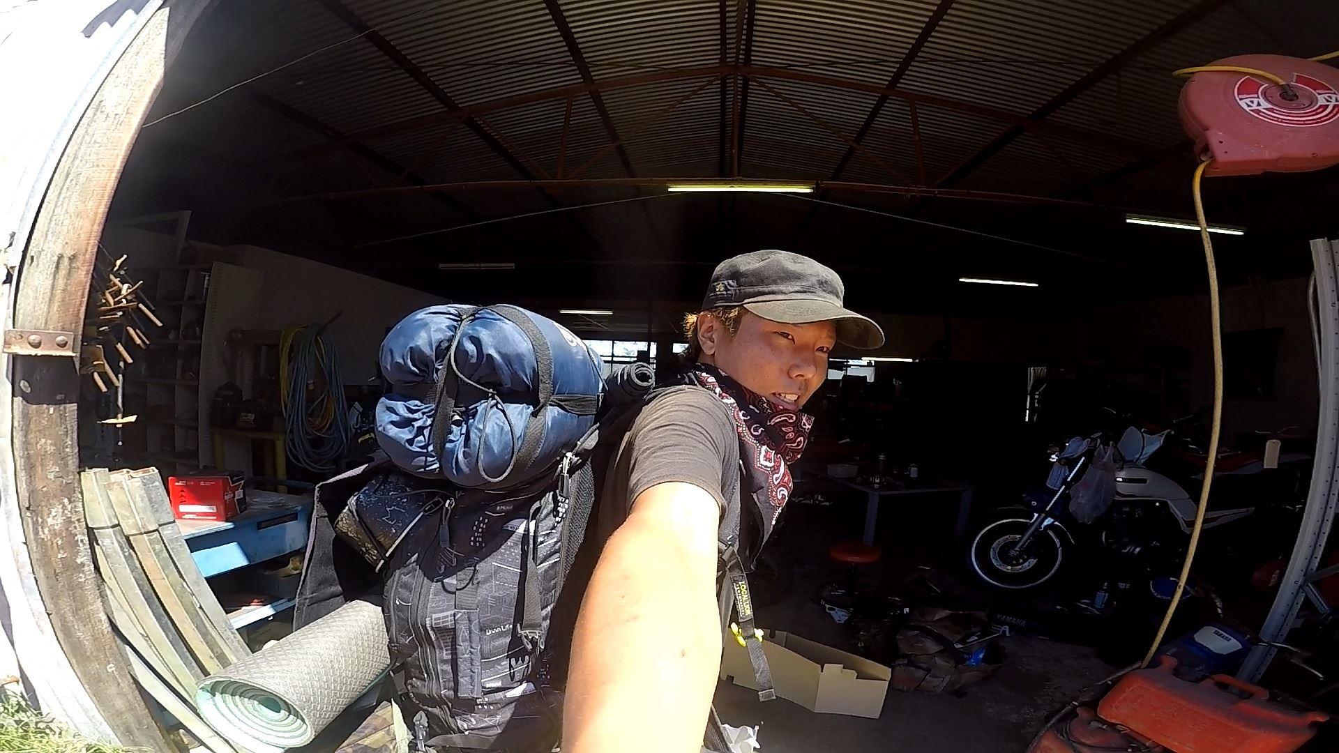 オーストラリア一周中、エンジンが焼き付きバイクを手放しました