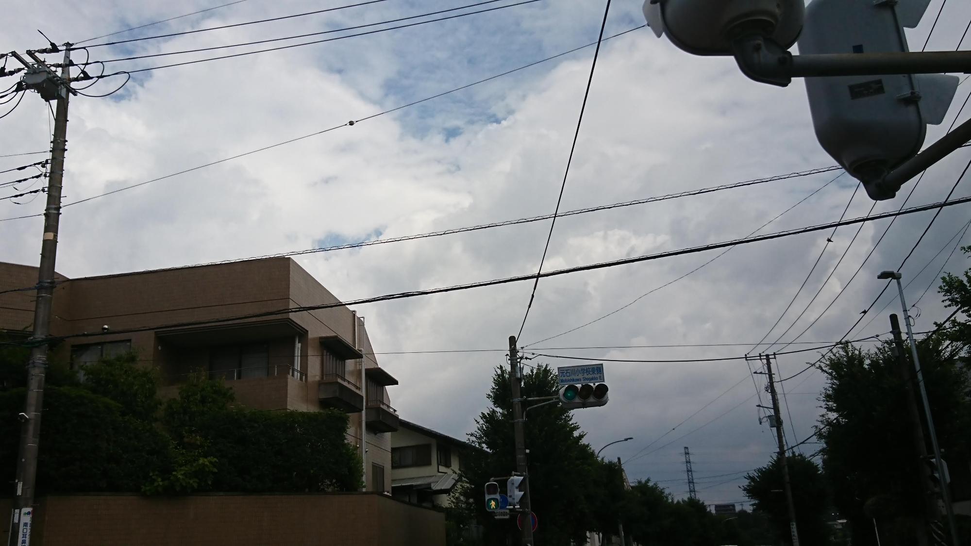 元石川小学校東側交差点