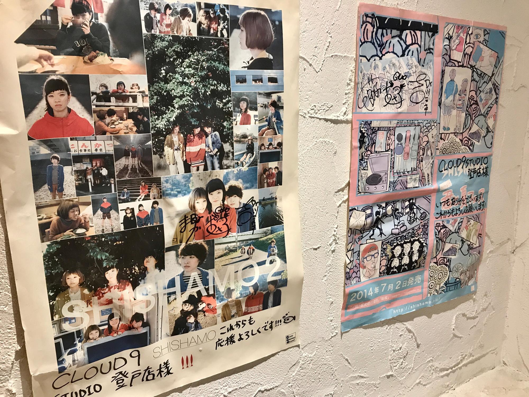 川崎出身のバンド・SHISHAMOさんのポスターも!