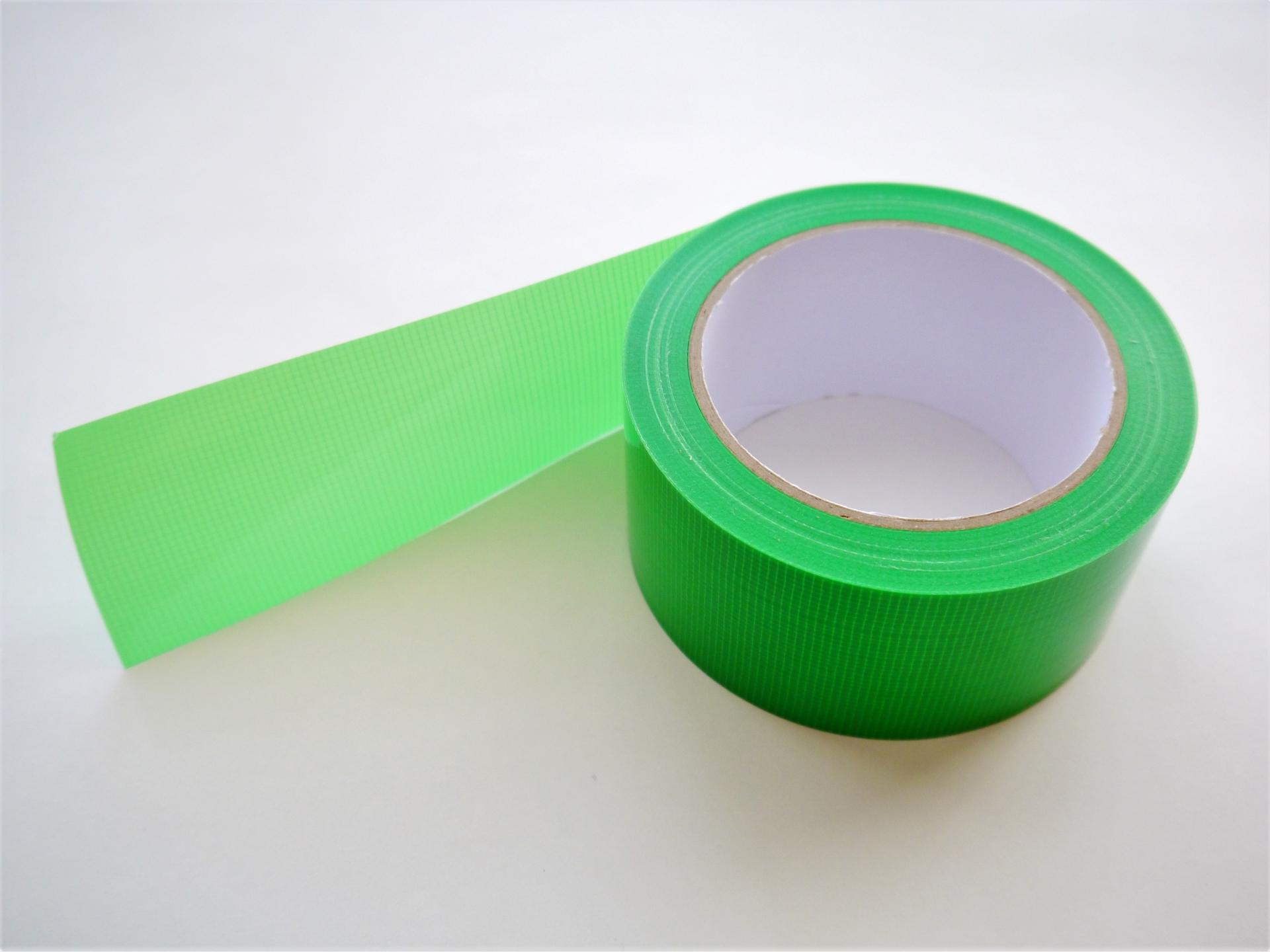 台風準備に養生テープ(一番のおすすめは台風防災テープです)