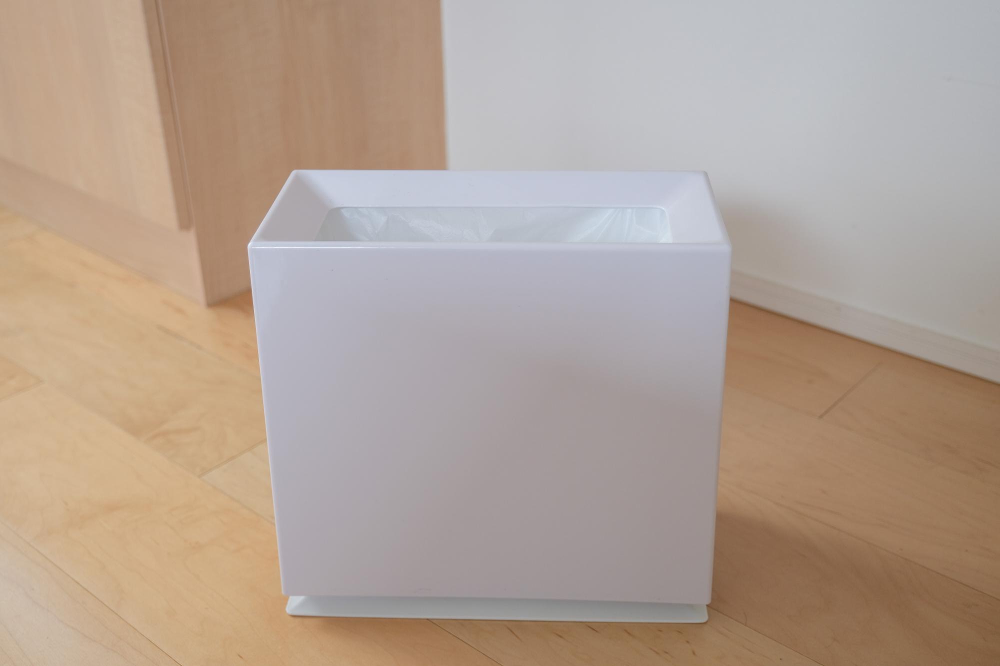 ideacoのカバー付きゴミ箱