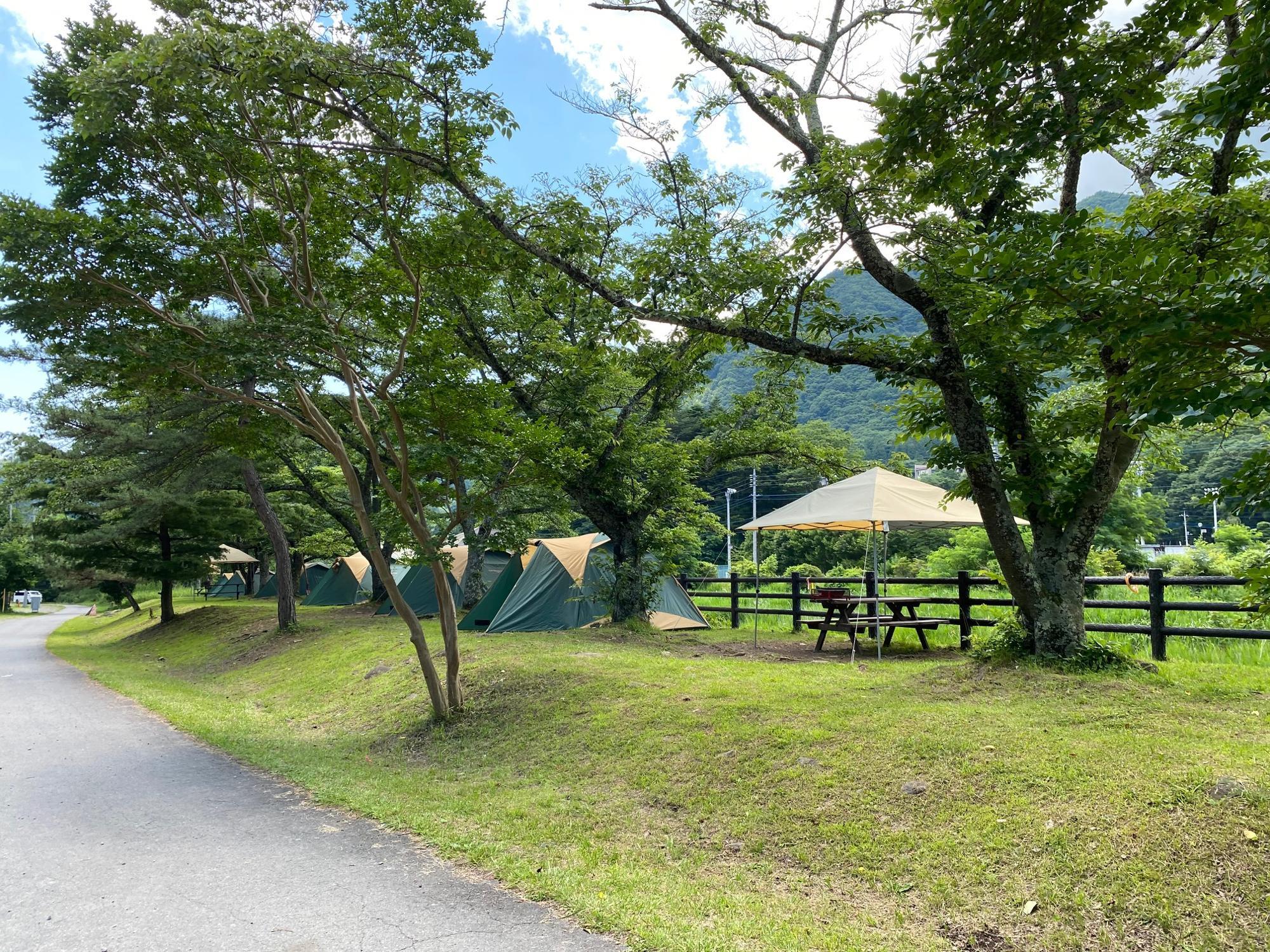 グリーンパークふきわれオートキャンプ場の手ぶらキャンプサイト