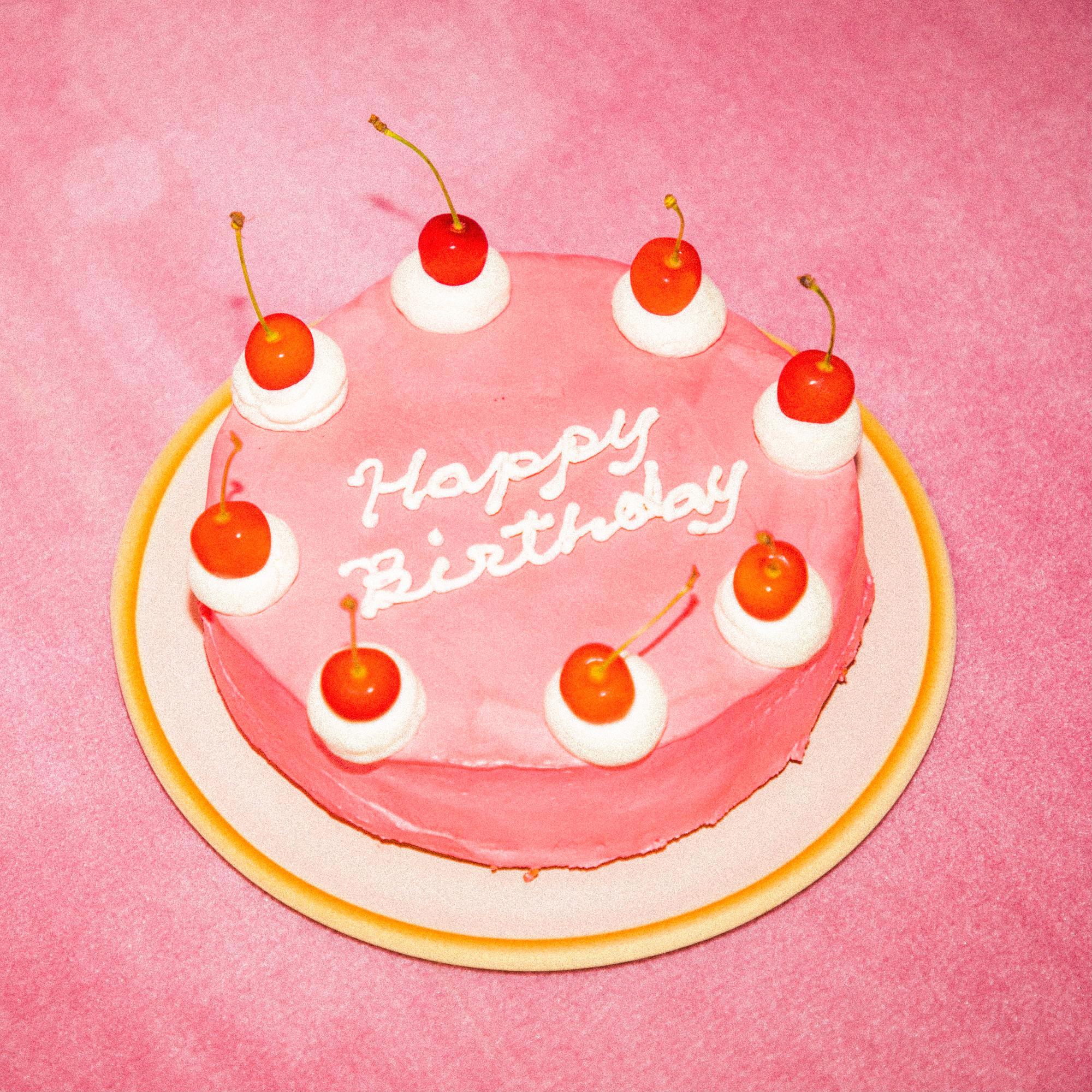 誕生日ケーキは現在予約停止中