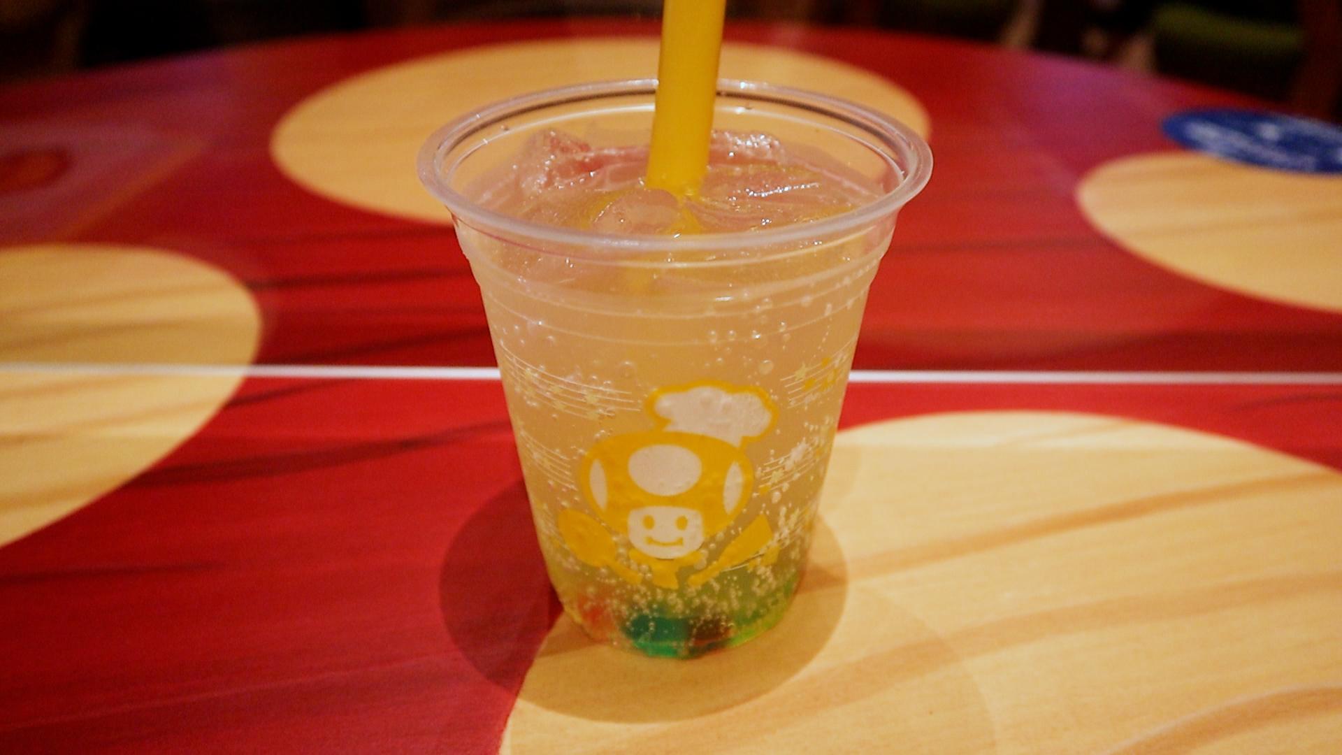 スーパースター・レモンスカッシュ ¥600