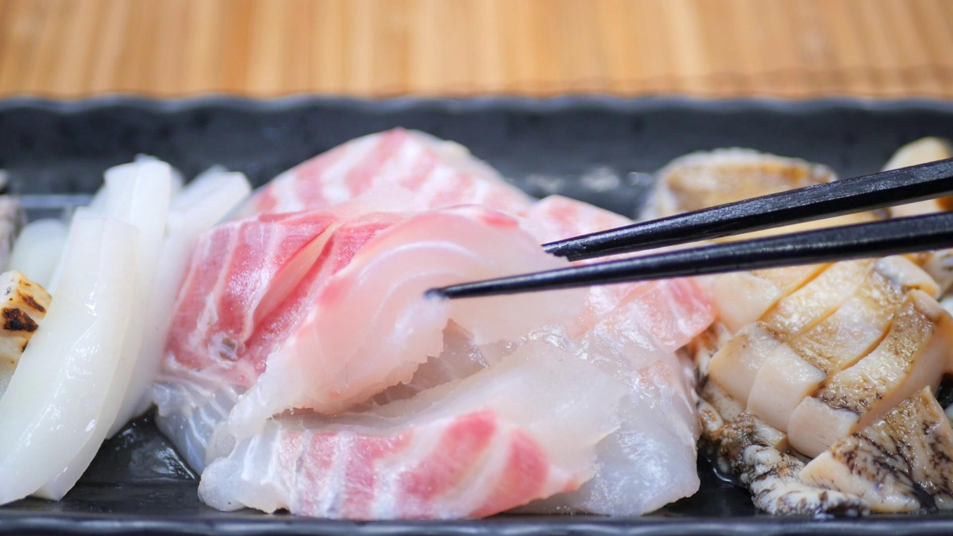 今が旬のおいしい鯛!塩焼きでも刺身でも何でもお好きなように食べてOKな新鮮さ抜群でした